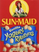 The best snacks for your toddler: mom-recommended snacks for the littles. Visit gloriousmomblog.com to see the list.